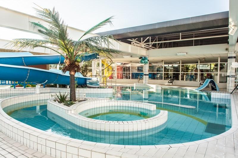 Dampierre en burly centre aquatique de dampierre - Centre aquatique des portes de l essonne ...