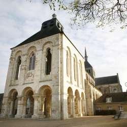 Basilique st benoit sur  Loire